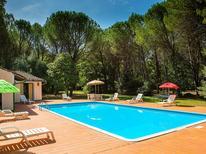 Villa 696342 per 8 persone in Montecatini Val di Cecina