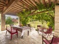 Ferienhaus 696423 für 6 Personen in Urbino