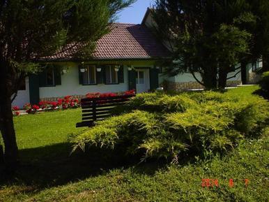 Casa de vacaciones 696435 para 4 adultos + 1 niño en Mekényes