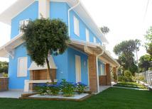 Ferienhaus 696592 für 5 Personen in Rosolina Mare