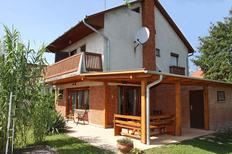 Vakantiehuis 696716 voor 6 personen in Balatonmariafürdö