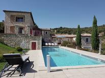 Ferienhaus 697143 für 12 Personen in Saint-Ambroix