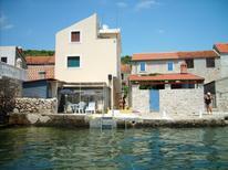 Rekreační byt 697458 pro 2 osoby v Prvić Luka
