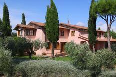 Ferienhaus 698838 für 16 Personen in Magliano in Toscana