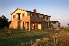 Ferienhaus 699517 für 4 Erwachsene + 3 Kinder in Montefiascone