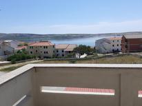 Ferienwohnung 705571 für 4 Personen in Kustići