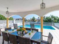 Holiday home 706936 for 8 persons in Empuriabrava