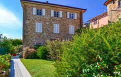 Ferienwohnung 708329 für 5 Personen in Pedona di Camaiore