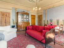 Appartement 708960 voor 2 personen in Montecastelli Pisano