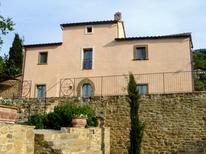 Villa 710572 per 8 persone in Cortona