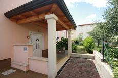 Appartamento 711791 per 5 persone in Parenzo