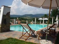 Appartement 714066 voor 6 personen in Barberino di Mugello