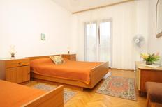 Holiday apartment 715383 for 4 persons in Stari Grad