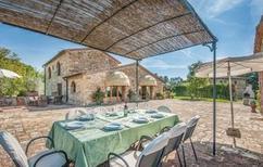 Ferienhaus 719451 für 9 Personen in San Donato in Poggio
