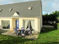 Holiday home 721252 for 6 persons in Hauteville-sur-Mer-Plage