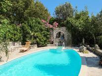 Ferienhaus 721483 für 6 Personen in Makarska