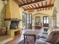 Villa 721512 per 6 persone in Montaione