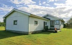 Villa 723407 per 4 persone in Husvalla