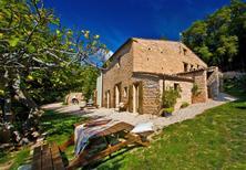Ferienwohnung 725858 für 4 Personen in Acqualagna