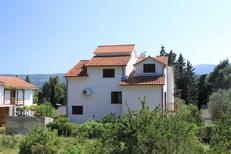 Holiday apartment 731690 for 5 persons in Vrboska