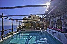 Feriebolig 732074 til 12 personer i Amalfi