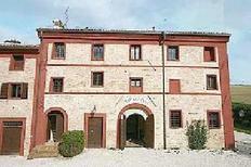Ferienwohnung 732919 für 4 Personen in Senigallia