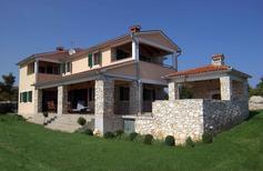 Ferienhaus 733714 für 8 Personen in Skitača
