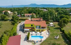 Villa 739851 per 12 persone in Jurazini