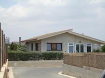 Appartamento 742307 per 4 adulti + 2 bambini in Ispica