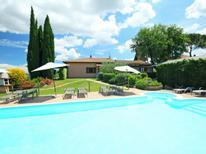 Semesterlägenhet 744836 för 6 personer i Castiglione del Lago