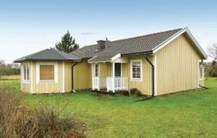 Vakantiehuis 746122 voor 4 personen in Djupvik