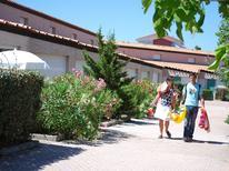 Ferienwohnung 746478 für 2 Personen in Saint-Cyprien