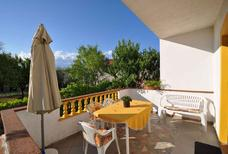 Appartement 747455 voor 3 personen in Vrbnik