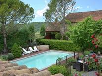 Ferienhaus 748279 für 10 Personen in Saint-Césaire-de-Gauzignan