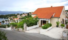 Appartamento 749529 per 6 persone in Splitska