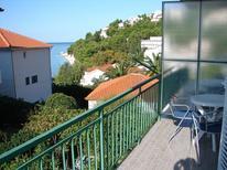 Appartement 752193 voor 8 personen in Baska Voda