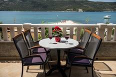 Ferienwohnung 753220 für 5 Personen in Poljica bei Trogir