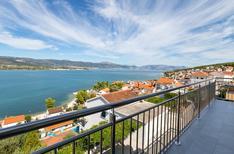 Appartement 753360 voor 6 personen in Trogir