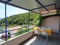 Appartement 757999 voor 5 personen in Ivan Dolac