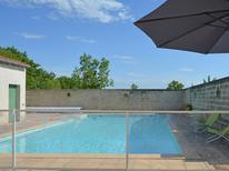 Ferienhaus 758641 für 6 Personen in Barjac