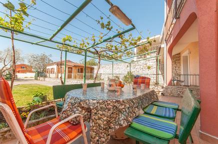 Villa 760481 per 7 persone in Peroj