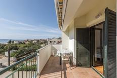 Ferienwohnung 762597 für 4 Personen in Zadar