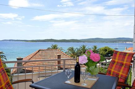Ferienwohnung 762788 für 4 Personen in Orebić