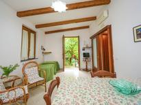 Appartement 763784 voor 4 personen in Sorrento