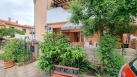 Ferienwohnung 765679 für 3 Personen in Novigrad