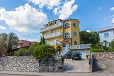 Ferienwohnung 769990 für 4 Personen in Crikvenica