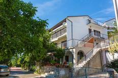 Ferienwohnung 770035 für 8 Personen in Crikvenica
