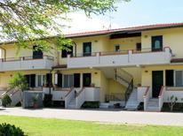 Ferienwohnung 773644 für 5 Personen in Marina Di Massa