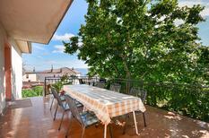 Semesterlägenhet 775990 för 8 personer i Novi Vinodolski
