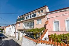 Appartement 778338 voor 4 personen in Novi Vinodolski